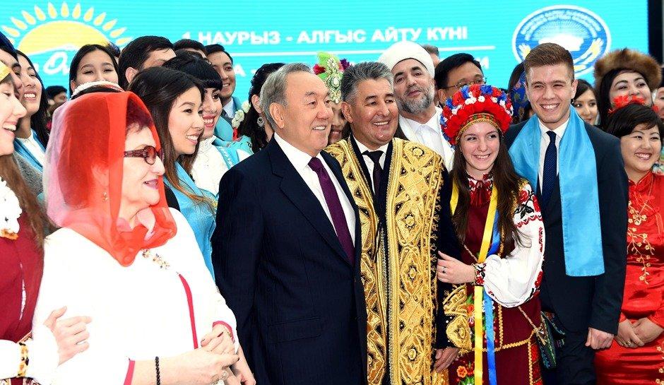 Мемлекет басшысы Алғыс айту күніне арналған іс-шараға қатысты