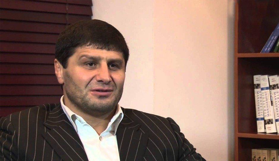 Ислам Байрамуков: Жаттығу кезінде де мықты қарсылас ізде!