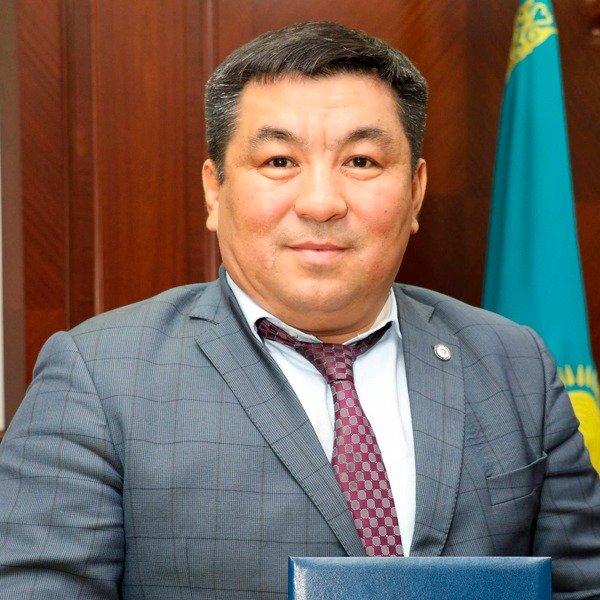 Садық Мұстафаев: Сырттан спортшы емес, маман алдыру қажет