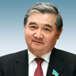 Сауытбек Абдрахманов